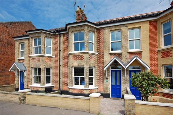 Holiday rentals in southwold for Modern house holiday lets